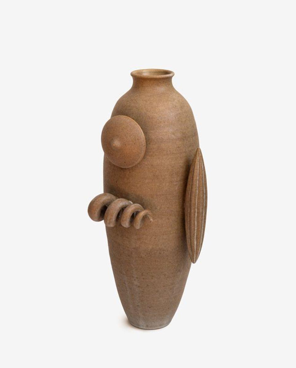 A Pot About a Corkscrew