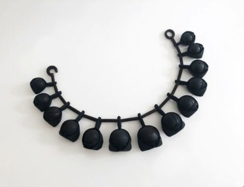 Coal neckpiece